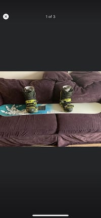 GNU snowboard with boots and bindings Redmond, 97756