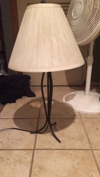 white and black table lamp Des Moines, 50315