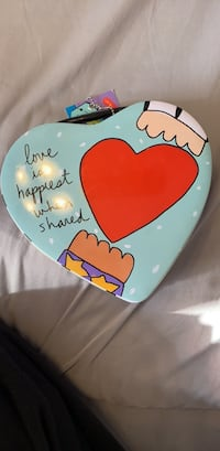 Lunch box/ metal heart Woodstock, 21163
