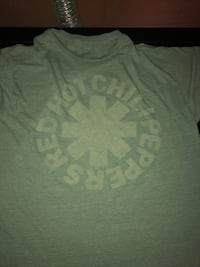 Men's XLarge Red Hot Chili Peppers T-Shirt Green - $5 Ephrata, 17522
