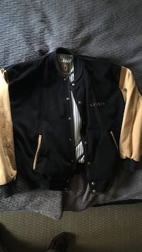 Black and brown button-up bomber - small
