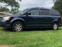 2008 Chrysler Town & Country Pittsburgh