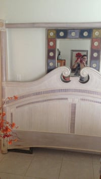 Whitewashed bamboo king size 4 poster bed Fort Lauderdale, 33304