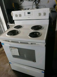 Whirlpool new electric stove 6 months warranty Baltimore, 21223