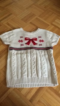 Carter's sweater size 10