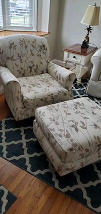 Upholstered Armchair w/ Ottoman  Towson, 21286