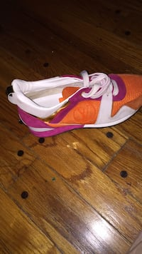 pink , white orange and gold Luis Vuitton casual shoe 39 km