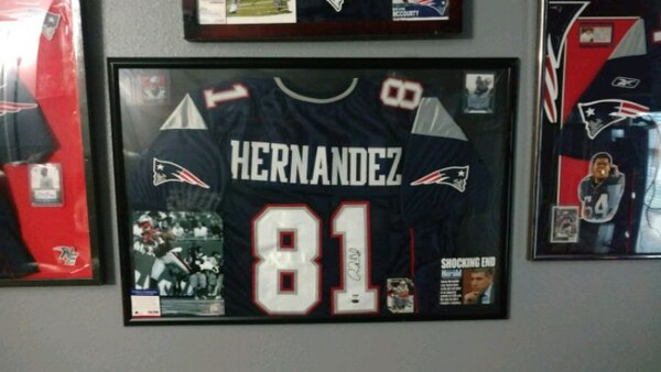 35b0106e28d Used Autographed Aaron Hernandez jersey for sale in Ormond Beach - letgo
