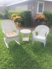 Beautiful Vintage Wicker...Rocker, Chair and Table Set!! Bradenton, 34209
