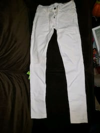 White Hollister pants