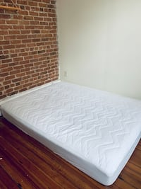Queen Mattress (delivery)