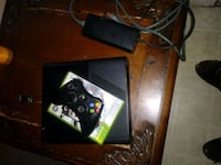 black Xbox 360 with wireless controller Huntsville, 35811
