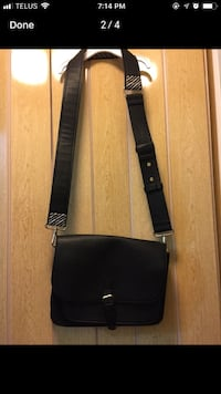 women's black leather sling bag screenshot