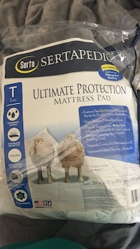 Serta ultimate protection mattress pad College Station, 77840