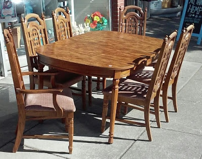 Superbe #27742 Bassett Mediterranean Dining Set: 60u201d X 40u201d Formica Top Table With 3  12u201d Leaves, 6 Chairs
