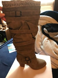 Brand new woman's size 9 boots Wenham, 01984