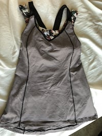 Lululemon tank with built in bra Chestermere, T1X