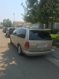 Chrysler - Town and Country - 1999 Elk Grove, 95757