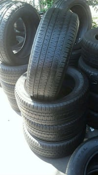 Set Bridgestone 225/55/20 semi new tires  Montebello, 90640