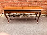 Queen Anne style wood sofa table Frederick, 21701