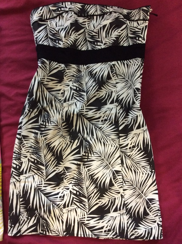 H&M dress size 4 61484971-29ef-46a9-8e9c-7099f89acdf3
