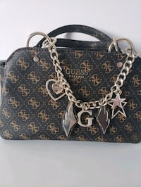 Brand new guess bag for sale 60$$!! Longueuil, J4J 2A8