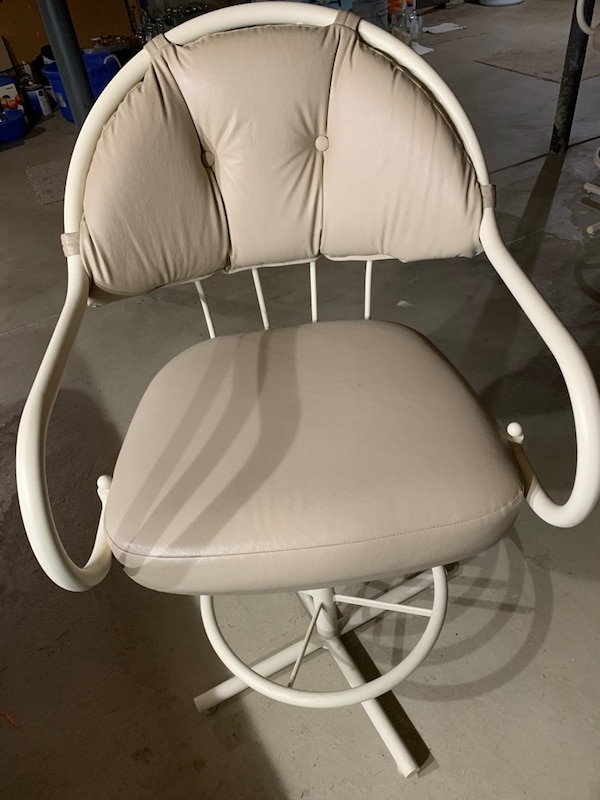 I have 6 chairs  each cost $50  if you buy 6 is $250