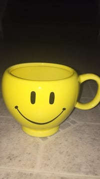 yellow emoji printed ceramic teacup Sykesville, 21784