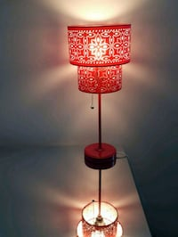 Hot pink fucsia bedside table lamp