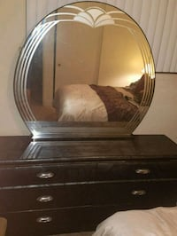 black wooden dresser with mirror Covina, 91723