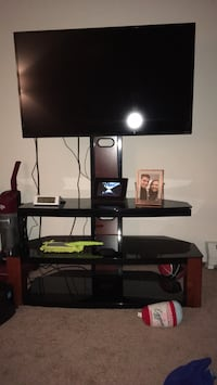 Tv television stand  Fitchburg, 53713