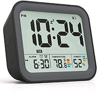 Battery Operated Small Simple Travel Alarm Clock  Toronto, M2N 5M5