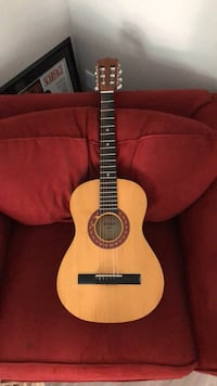Amigo Travel Size Guitar Tualatin, 97062
