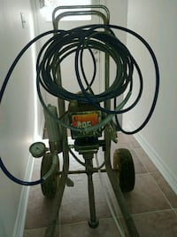Graco 495 paint sprayer. Winnipeg, R2L 1W2
