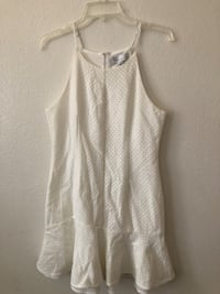 women's white tank top 2232 mi