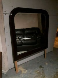 brown real woodframe mirror very clean Germantown, 20874