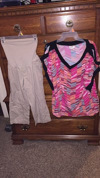MATERNITY CLOTHES TAKE ALL FOR $40 Saraland, 36571