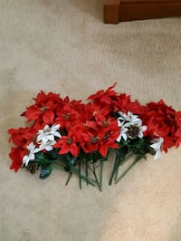 Artificial Pointsettia bunches Halton Hills, L7G 2T5