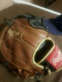 1st basemen Rawlings baseball glove Kitchener, N2B 2N9