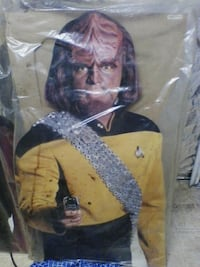 Star Trek Worf cutout life size New Market, 21774