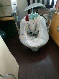 baby's white and gray cradle n swing Portsmouth, 23704