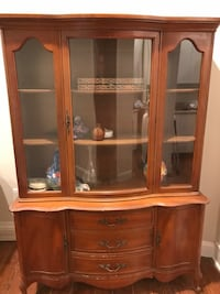 China cabinet     Need to sell