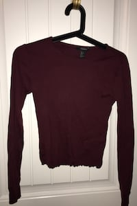 Cropped long sleeve size small