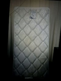white and gray quilted mattress Hillsborough, 27278