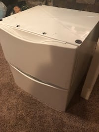 Maytag washer and dryer stands Greeley, 80634