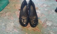 pair of black leather flats Wind Lake, 53185