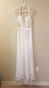 New with tags wedding dress Sz small  Calgary, T2P 3T9