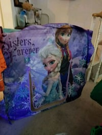 Kids frozen play hut Barrie, L4N 8V4