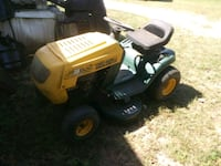 Riding lawn mower 38 cut ready to cut grass now Oglethorpe, 31068