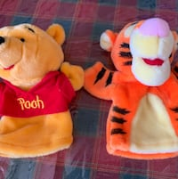 Winnie the Pooh and tigger plush puppets  Toronto, M1P 2P9